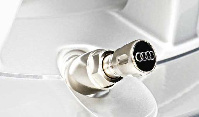 Audi kapice za ventile